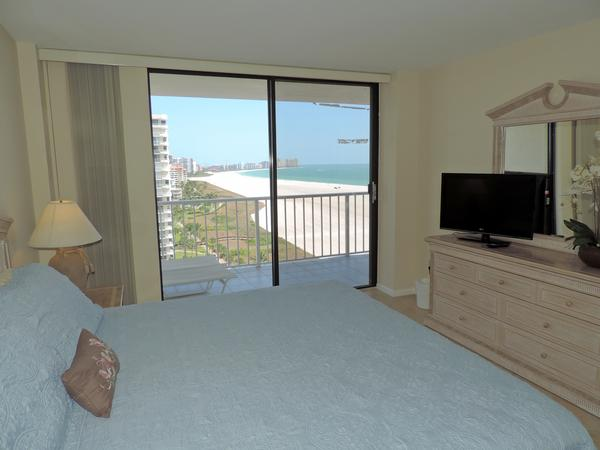 Master Bedroom with a view!!